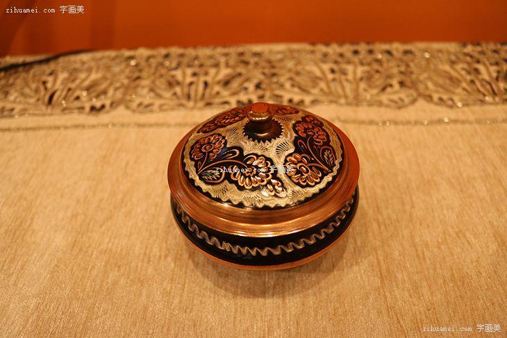 伊朗手工钻雕艺术摆件